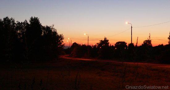 Droga na Wisłę we wsi Gassy, gmina Konstancin-Jeziorna